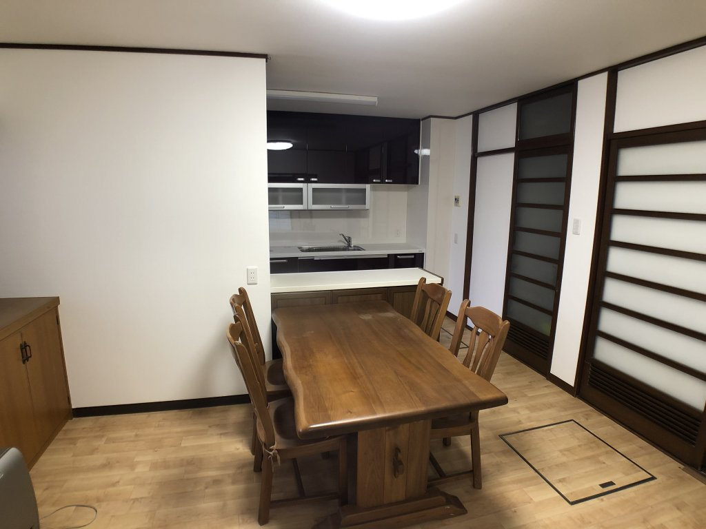 キッチン、トイレ、和室の改修工事