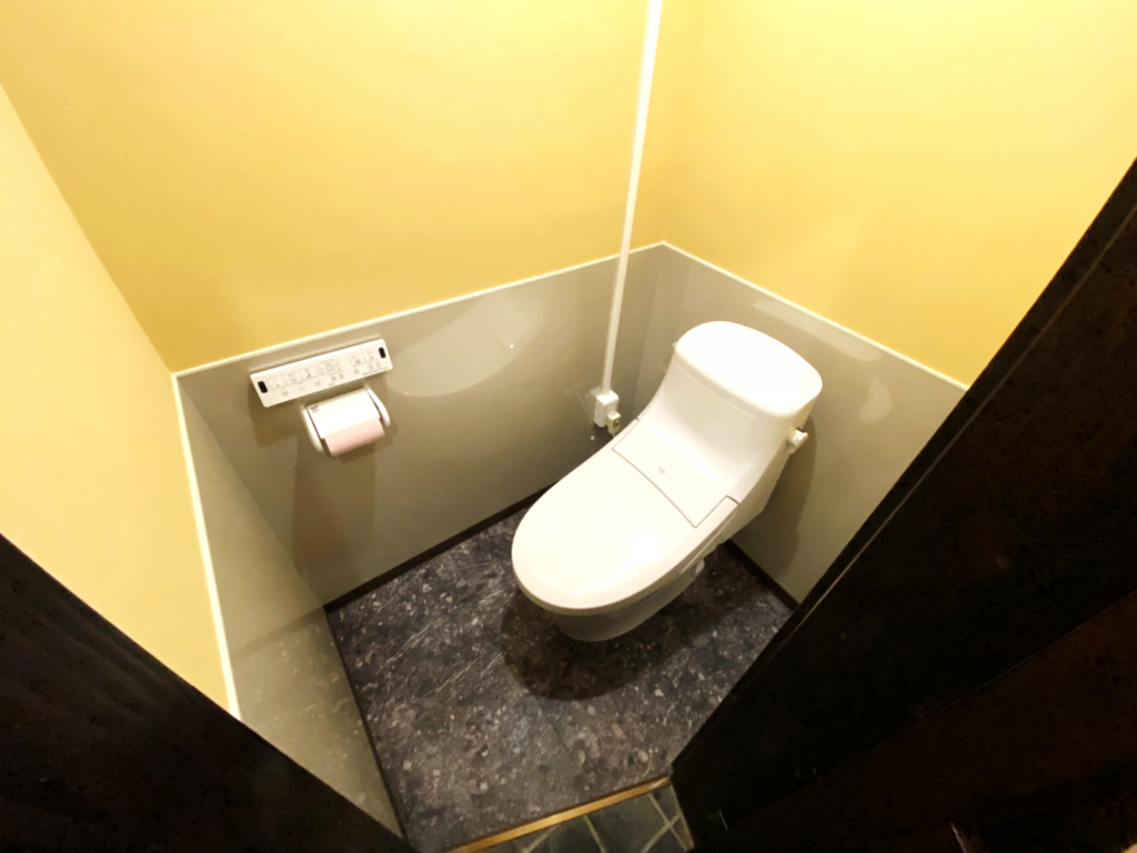 「和食処 居酒屋 しょうあん様」和式トイレから洋式トイレへの改修工事